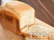 Бърз домашен хляб с грис за хлебопекарна